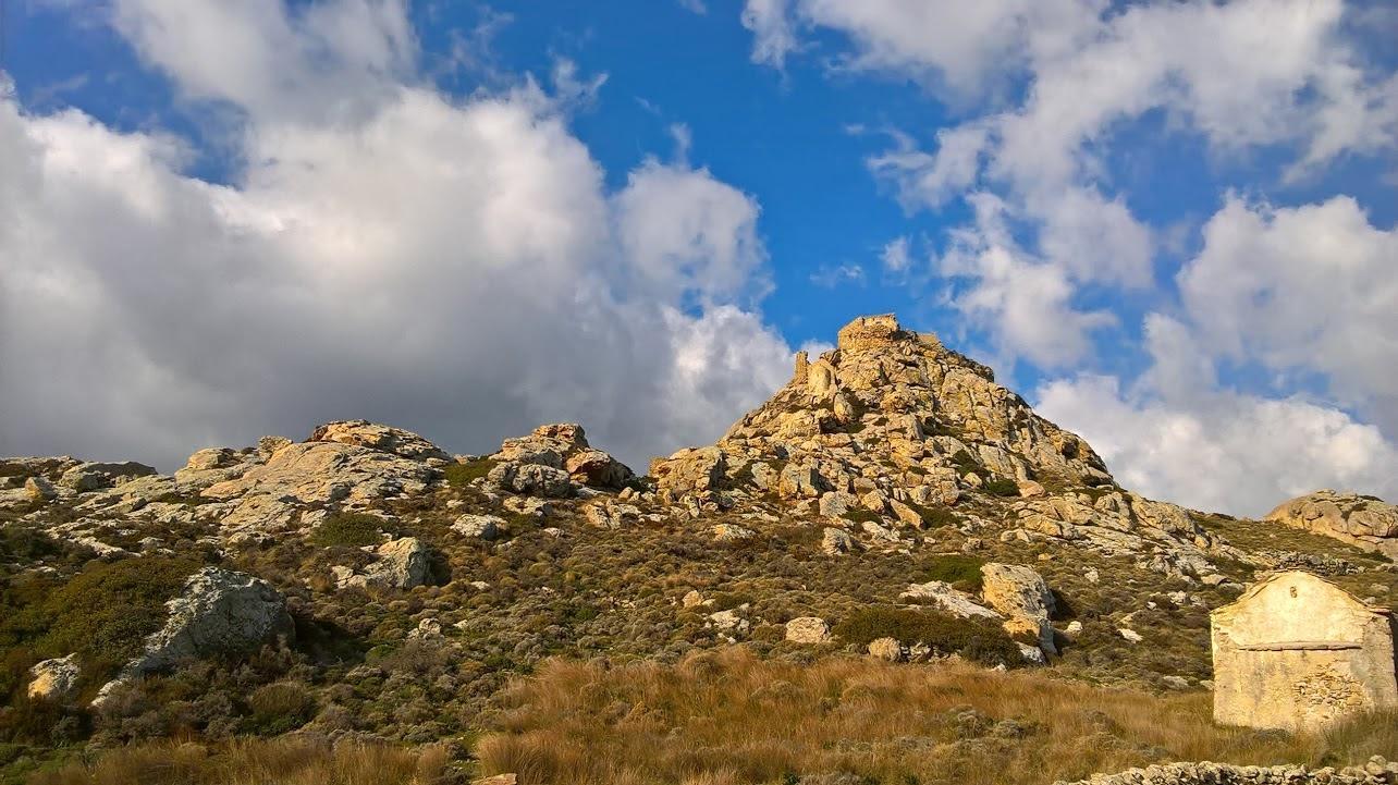 "Hiking ELaiolithos – Marble Quarries -Tsikalario – Apano Kastro (""Upper Castle"") – Chalkio"